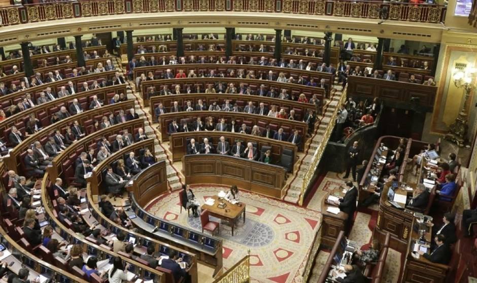 El PP fija sus metas sanitarias para la 'vuelta al cole' parlamentaria