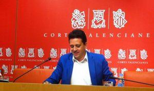 El PP pide la dimisión de Montón por la anulación de los copagos
