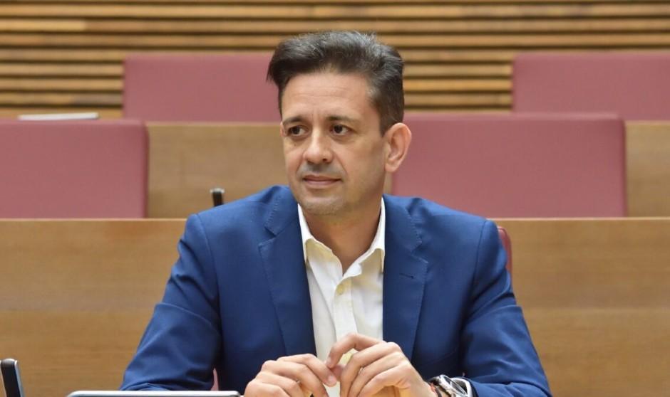 El PP 'traza' un plan contra contagios Covid en la sanidad valenciana