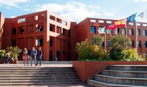 El precio por estudiar Medicina en la privada varía hasta en 10.000 euros