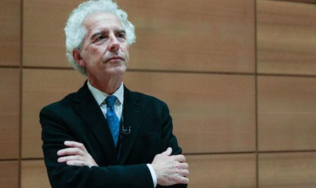 El presidente de la SEMI lleva al Congreso los retos de la Medicina Interna