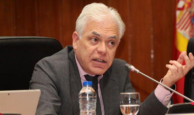 El PSOE 'abre el mel�n' de las especialidades multidisciplinares en el MIR