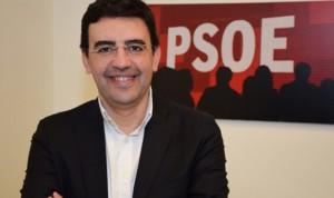 """El PSOE acusa a Podemos e IU de """"compartir argumentos"""" sanitarios con el PP"""