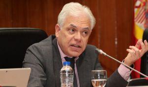 El PSOE afea el ahorro perdido por la ausencia de precios de referencia