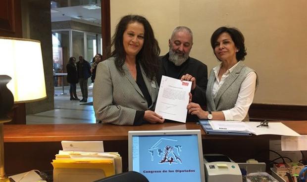 El PSOE, contra el permiso m�dico a transexuales para cambiar de nombre