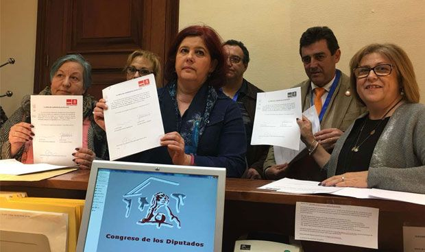 """El PSOE exige una """"financiación adecuada"""" al sistema de la Dependencia"""