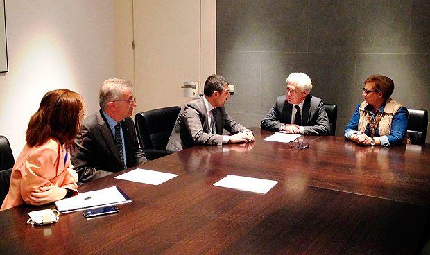 El PSOE pide que se financie el sistema flash de monitorización de glucemia