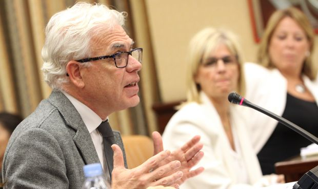 El PSOE quiere que el VIH deje de considerarse enfermedad contagiosa