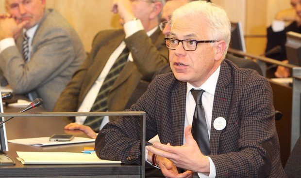 El PSOE exige más plazas PIR para alcanzar la media europea