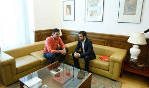 El PSOE vota no a la eutanasia mientras Pedro Sánchez pacta despenalizarla
