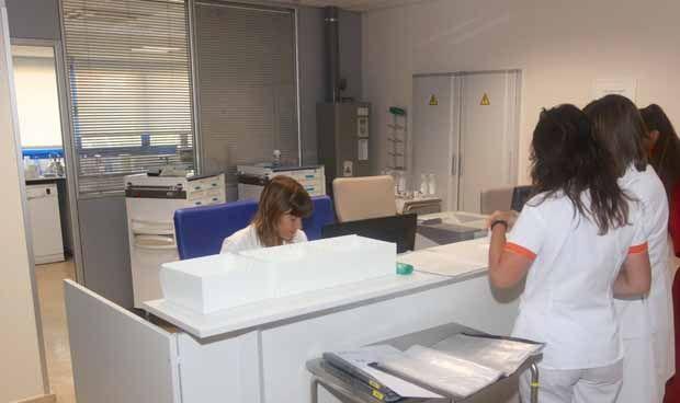 El Sacyl adjudica las plazas de su OPE de Medicina Interna
