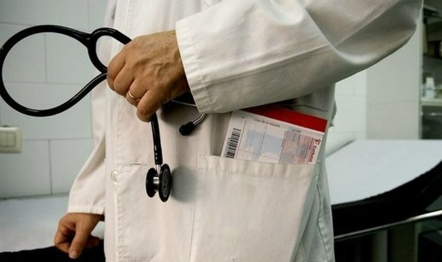 El salario de los sanitarios, el más golpeado por la crisis