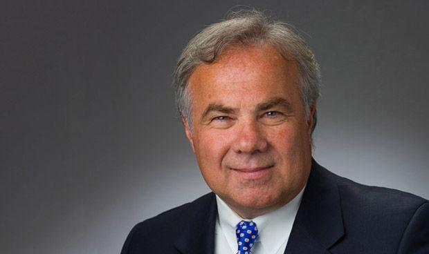 El segundo CEO mejor pagado... ¿por hundir a su compañia?