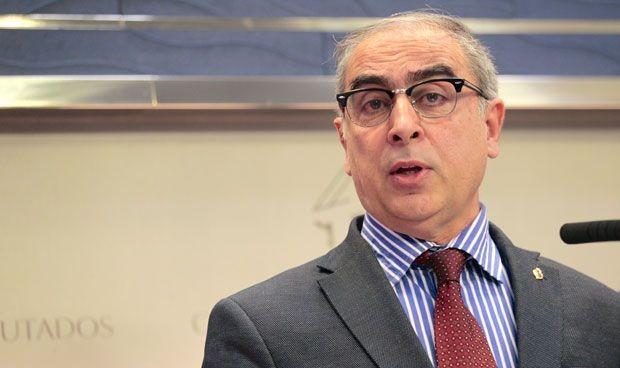 El senador sanitario, José Martínez Olmos, quiere revalidar su cargo
