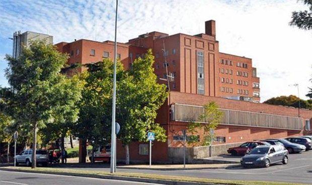 El Servicio Regional de Cirugía Plástica reduce la lista de espera