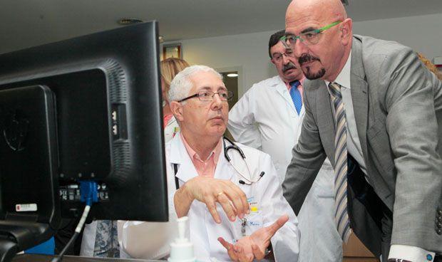 El Severo Ochoa implanta una tarjeta inteligente para pacientes renales
