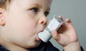 El sobrepeso en niños 'alarga' hasta cinco semanas los síntomas de asma