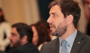 Retirada la orden de detención europea contra Comín pero no la española