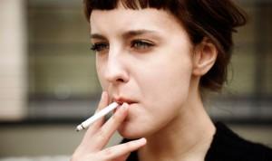 El tabaco favorece el cáncer al alterar las partes móviles del genoma