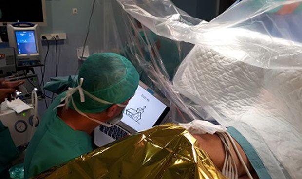 El Trueta incorpora la cirugía de mapeo cerebral con el paciente despierto