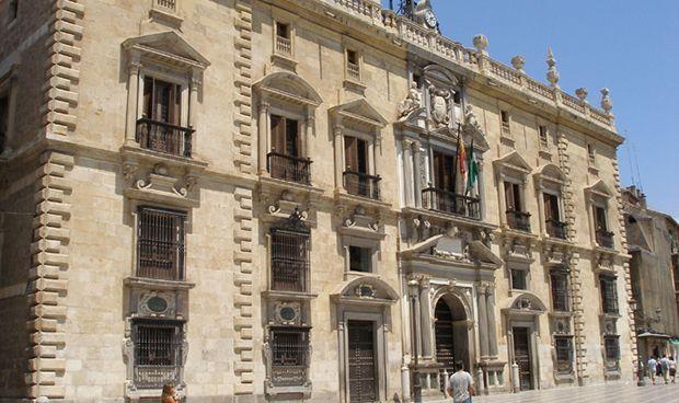 El TSJA anula el suministro de fármacos a residencias por parte del SAS