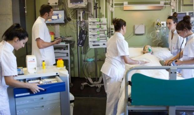 El uniforme de las enfermeras provoca infecciones en las UCI