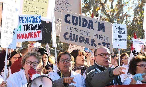 El verano fractura una huelga en la sanidad catalana