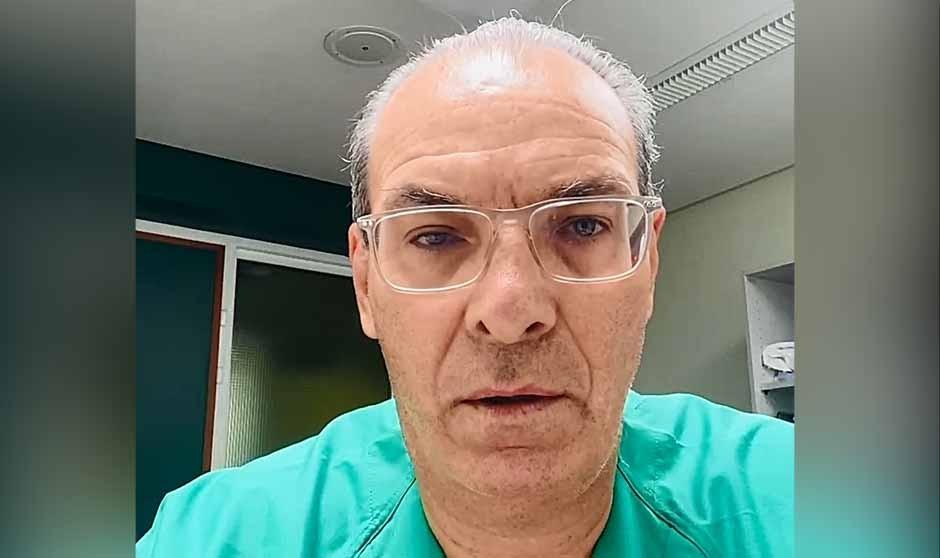 """El vídeo de un médico tras intubar a su paciente: """"Vacúnense, por favor"""""""