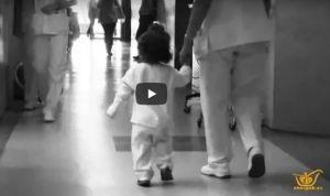 El vídeo viral de una niña que visibiliza la labor enfermera de su madre