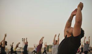 El yoga mejora la función sexual de pacientes con cáncer de próstata