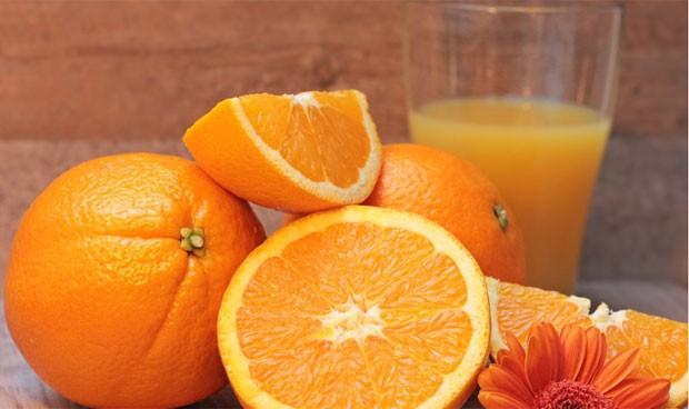 El zumo de fruta es tan perjudicial como los refrescos azucarados
