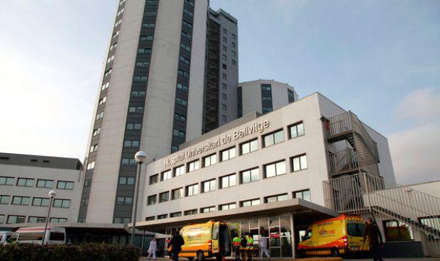 Enferman por gastroenteritis casi 200 sanitarios del Hospital de Bellvitge