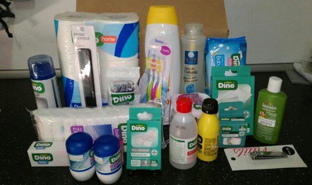 Enfermería de Tenerife dota de kits higiénicos a familias sin recursos