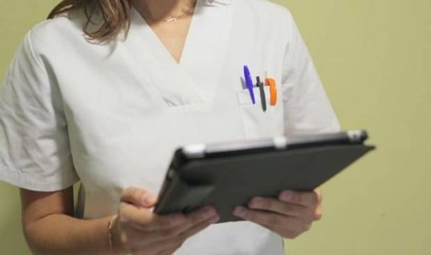 """Enfermería rechaza la reclasificación profesional en un SNS """"debilitado"""""""