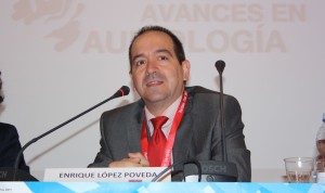 Enrique López-Poveda, catedrático de Otorrinolaringología en la USAL