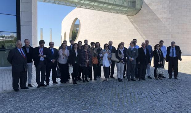 España busca en Portugal cómo sumar tecnología sanitaria y coste-eficacia