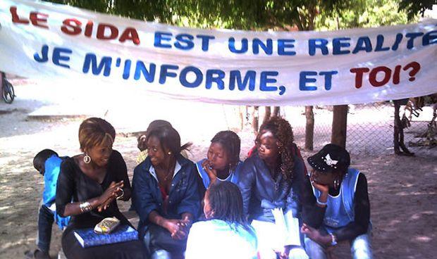 España condona la deuda a tres países africanos para que inviertan en salud