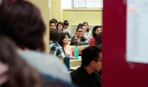 España frena las plazas MIR respecto a residentes de Farmacia y Enfermería