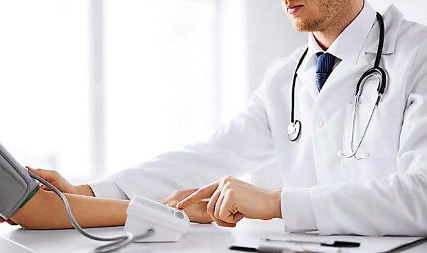 España necesita un tercio más de empleo sanitario para ser 'top' en Europa