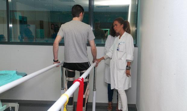 España tiene la mitad de fisioterapeutas por persona que la 'élite' europea