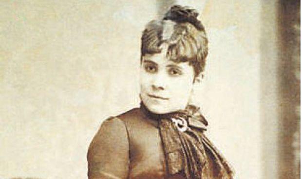 Estas fueron las tres españolas pioneras en Medicina, Enfermería y Farmacia