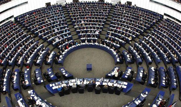 """Eurocámara ve """"especiales"""" a los sanitarios en el test de proporcionalidad"""