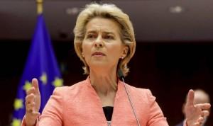 Europa avisa de la inseguridad legal de la tercera dosis sin aval de la EMA