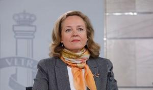 Europa duda del plan para subir el sueldo a médicos y enfermeros españoles