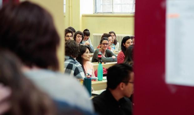 """Examen EIR: """"Un temario abierto da lugar a preguntas poco representativas"""""""