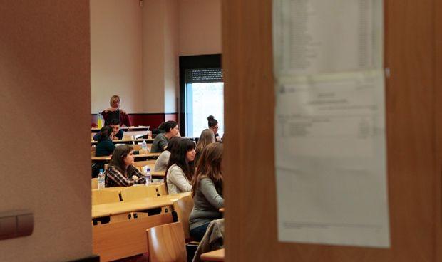 Examen MIR: 6 de cada 10 aspirantes creen que no se debe cambiar la fecha