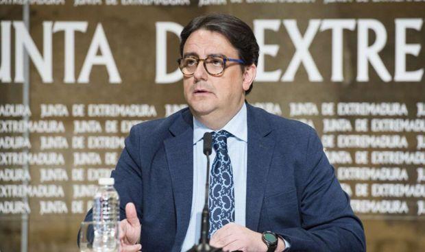 Extremadura reduce su lista de espera un 12,2% en un año