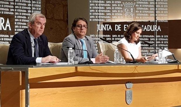 Extremadura recorta su lista de espera más de un 40% en cuatro años