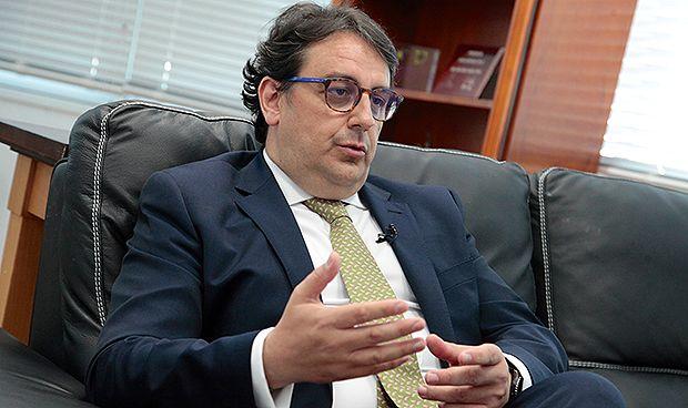 """Extremadura recupera las 35 horas """"presenciales"""" para los sanitarios"""