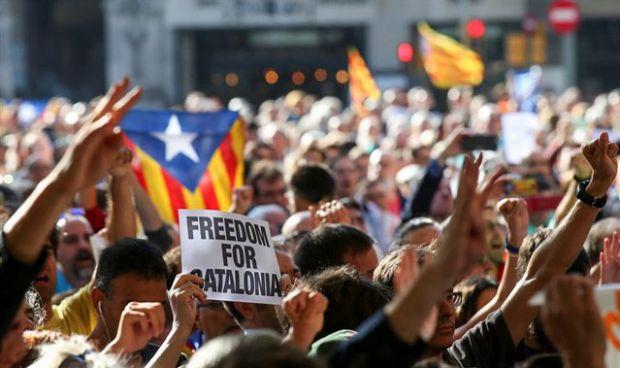 Falta de consenso entre los colegios sanitarios catalanes ante el 1-O